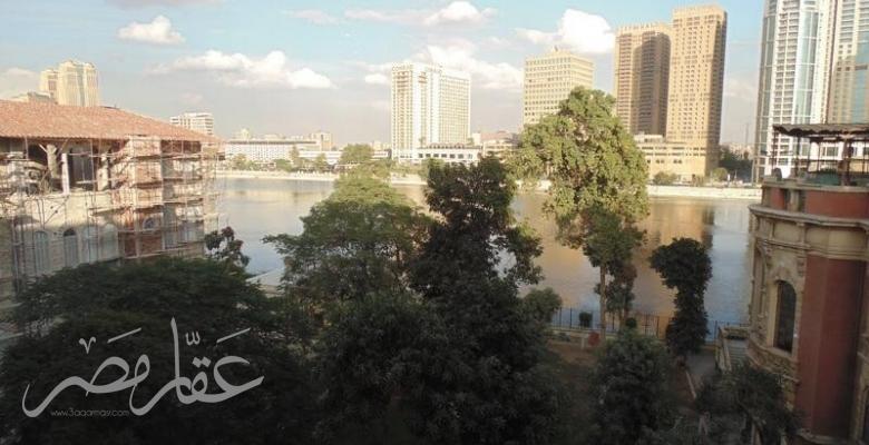 شقة للايجار المفروش بالزمالك تطل على النيل